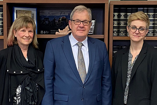 Federal Retirees member and veteran, Dr. Karen Breeck; Minister of Veterans Affairs and Associate Minister of National Defence, Lawrence MacAulay; Federal Retirees director of advocacy, Sayward Montague.